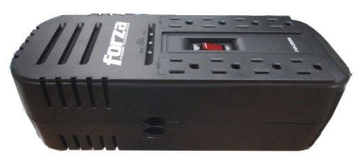 Regulador de Voltaje Forza de 2200VA de 8 Salidas