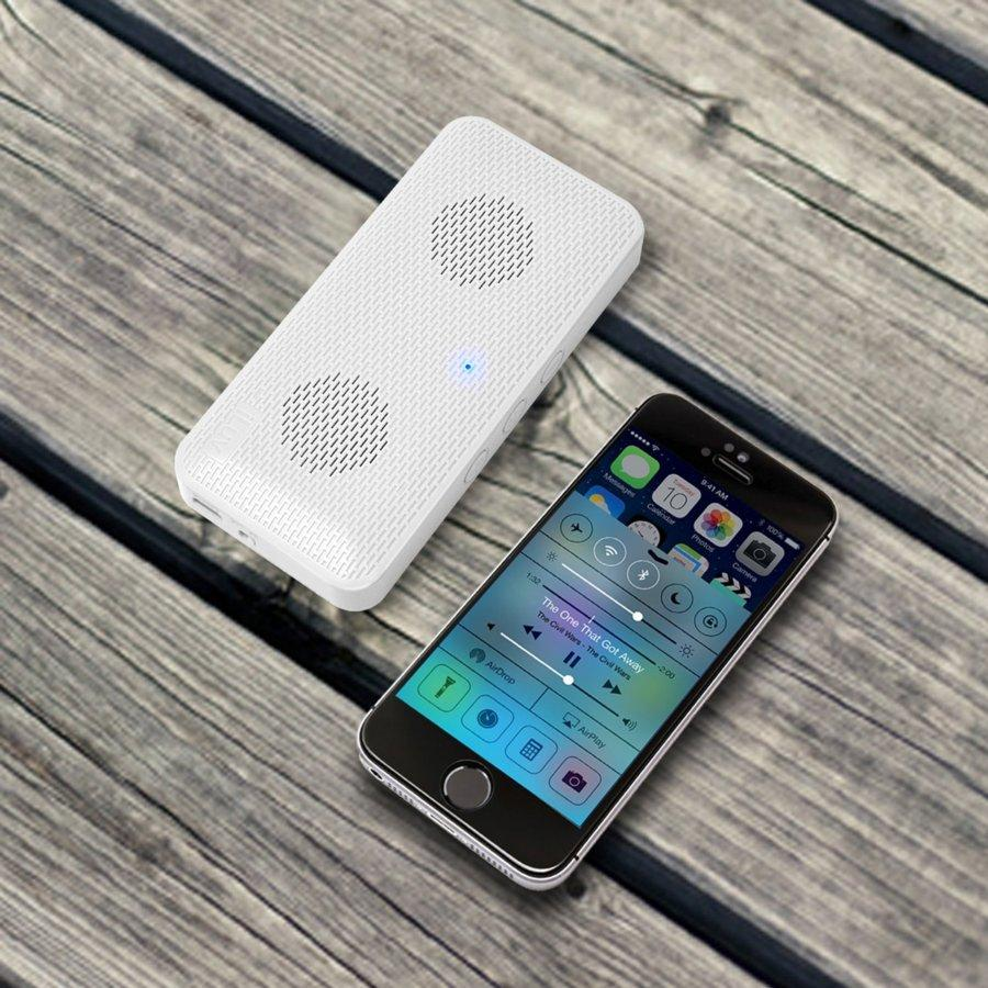 Bocina Iluv Aud Mini Bluetooth Compact Blanco K 233 Mik