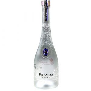Botella de Vodka Polaco Pravda Original