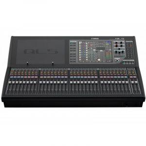 Consola de mezcla profesional digital de 32 canales YAMAHA QL5 color negro