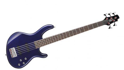Bajo Eléctrico de 5 Cuerdas Action V Plus marca Cort Color Azul Metallico con Funda